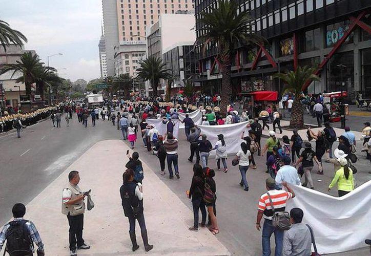 La CNTE definirá mañana las acciones a seguir contra la reforma educativa para la próxima semana. (twitter.com/CNTEMX)
