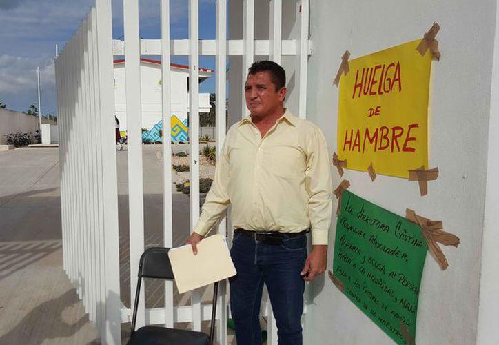 "El maestro Adolfo Abelardo Pulido Carrillo estaba en huelga en la secundaria técnica 38 ""Carmen Serdán"". (Jesús Tijerina/SIPSE)"