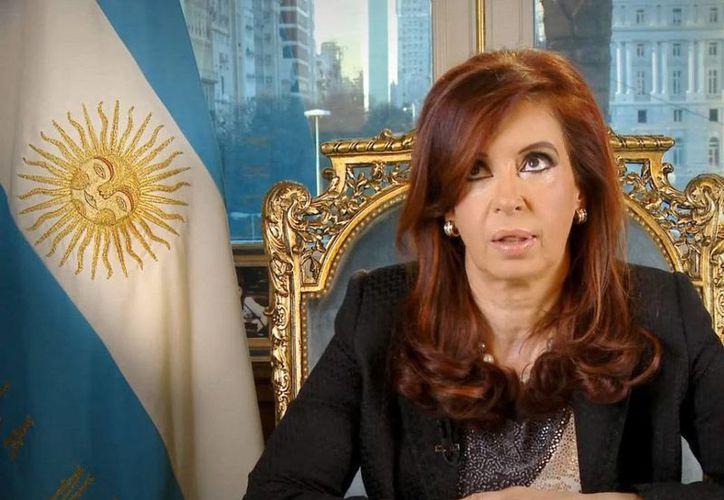 Cristina Fernández declarará en marzo por el llamado caso Los Sauces, que involucra también a sus hijos Máximo y Florencia. (Archivo/Agencias)