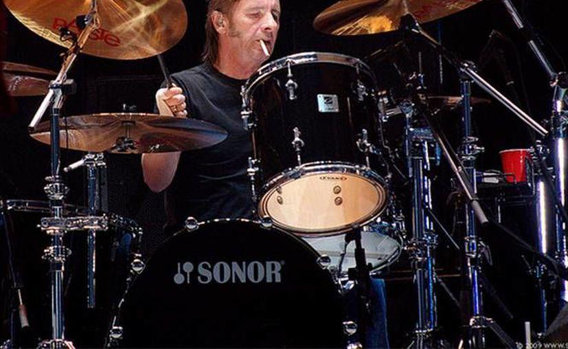 Phil Rudd, el baterista de AC/DC,  ha estado en la banda intermitentemente por casi tres décadas. (Agencias)