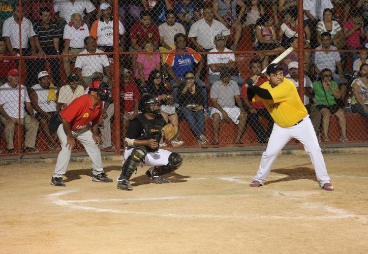 De acuerdo con la tabla de resultados, el pítcher ganador fue José Rubio, mientras que el ganador fue Aarón Tejero. (Alberto Aguilar/SIPSE)