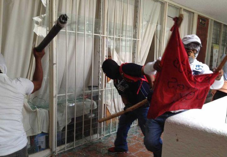 El gobernador de Guerrero dijo que el diálogo con los maestros está agotado. (Archivo/Notimex)