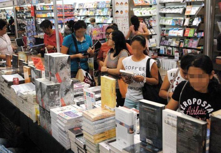 La lectura en Yucatán parece alcanzar mejores niveles entre la población, esto debido a las actividades de difusión que se han realizado por dependencias como la Sedeculta. (Imagen ilustrativa/ Archivo SIPSE)