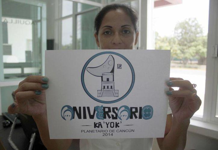 Se presentó el logotipo que utilizará el planetario por motivo de su aniversario. (Sergio Orozco/SIPSE)