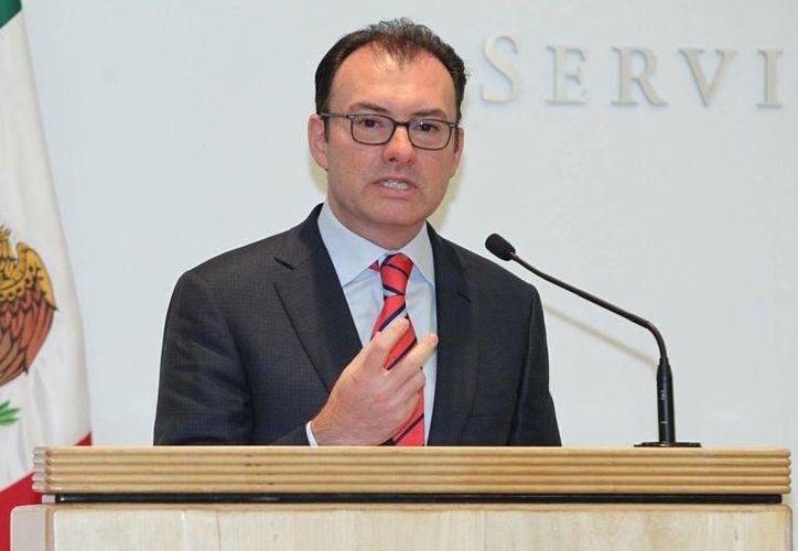 Videgaray reveló que arrenda a la empresa Higa un terreno aledaño a su casa en Malinalco. (Archivo/Notimex)