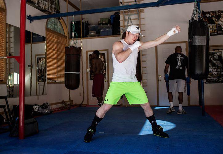 En este campamento, el boxeador tiene como objetivo estudiar todas las fallas de su contrincante en el ring, para tener ventaja sobre él. (Foto: Desde el ring).