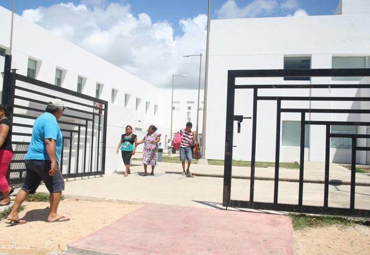 El comedor comunitario sería instalado en los patios del Hospital General de Playa del Carmen. (Octavio Martínez/SIPSE)
