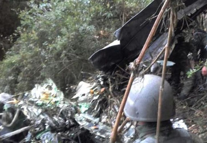 Un avión militar cayó ayer por la tarde en Colombia, al noreste de Bogotá. (La Nación)