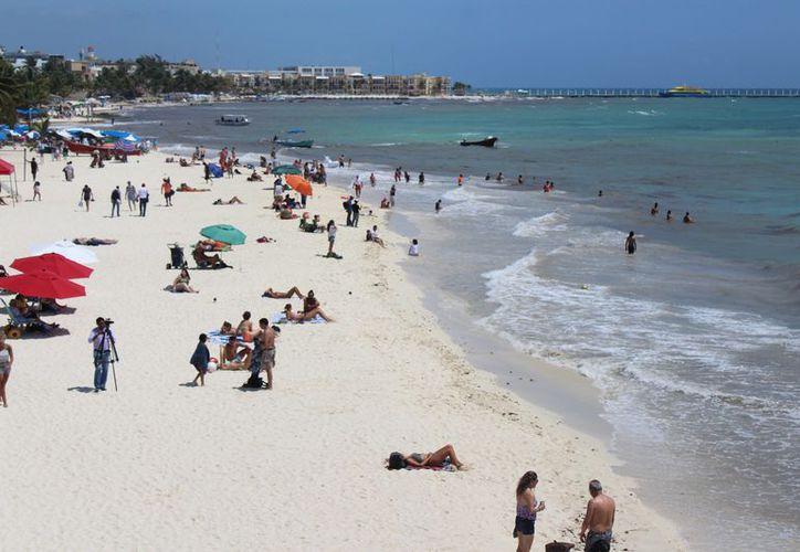 Crece el arribo de turistas durante las vacaciones. (Adrián Barreto/SIPSE)