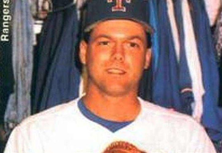 El exjugador de Rangers de Texas, John Barfield, fue muerto en un tiroteo en Little Rock. (Foto tomada de tvmax-9.com)