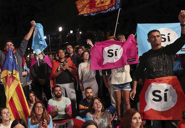 El Gobierno de Cataluña ha difundido  el resultado definitivo del referéndum. (Susana Vera/Reuters).