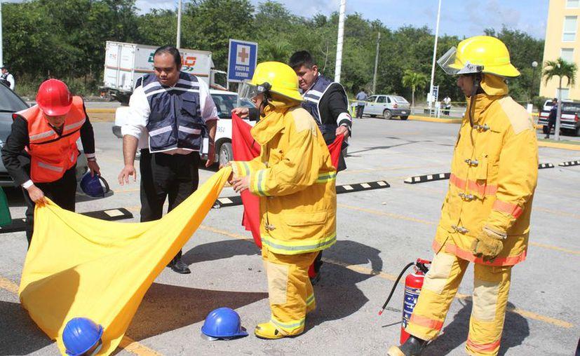 Lo más importante del evento es que las personas estén mejor preparadas para reaccionar ante cualquier emergencia. (Daniel Tejada/SIPSE)