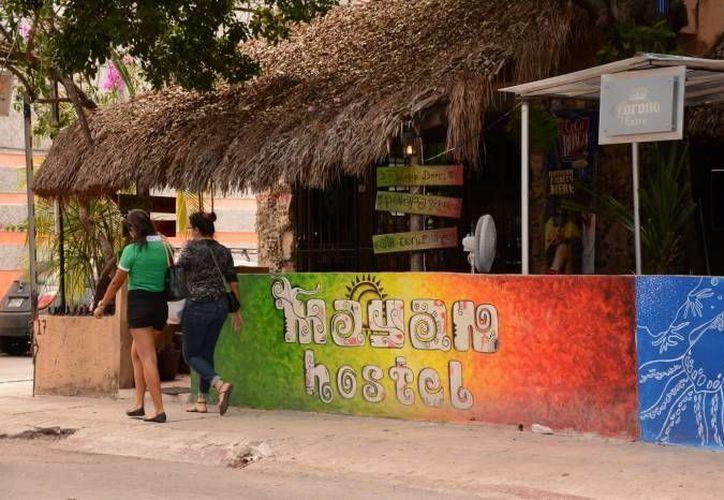 Los hostales ofrecen diferentes servicios a los visitantes. (Redacción/SIPSE)