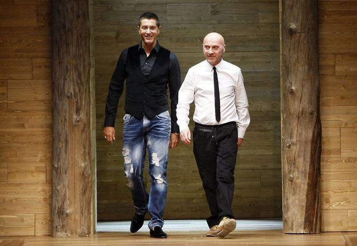 Dolce&Gabbana fueron acusado de no pagar en 2005 los impuestos correspondientes a unos mil millones de euros (unos 1.3 mil millones de dólares). (AP)