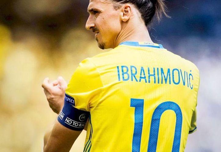 El delantero sueco Zlatan Ibrahimovic anunció su fichaje por el Manchester United. (Instagram iamzlatanibrahimovic)