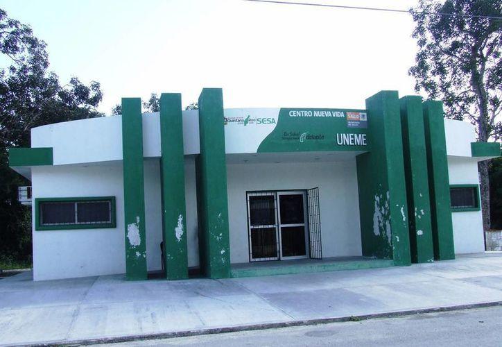 La Unidad Especializada Médica en Adicciones atiende a 120 personas por alcoholismo y drogadicción. (Rossy López/SIPSE)