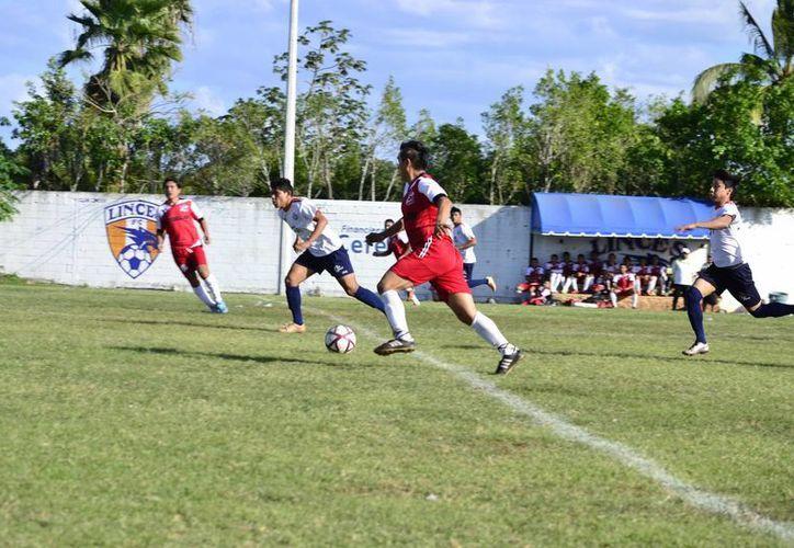 Durante el fin de semana se llevó a cabo la décimo tercera jornada del torneo de la Liga de Primera Fuerza Estatal de Futbol.(Milenio Novedades)