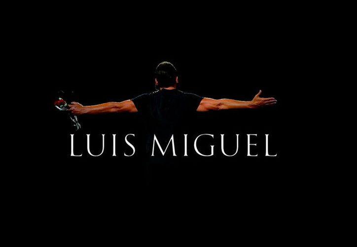Luis Miguel, nuevamente de espaldas contra la pared: ahora fue su propia disquera, Warner Music, la que le puso una demanda por impago de 3.6 mdd. (Facebook oficial)