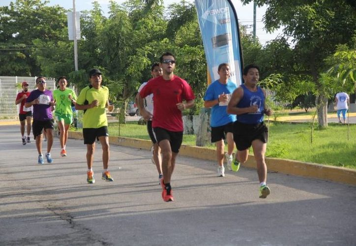 Participaron más de 700 competidores de todas las edades. (Redacción/SIPSE)