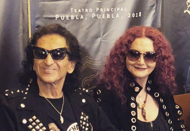 Tanto el rockero como su esposa, compartirán sus experiencias más personales. (@eltridemexico)