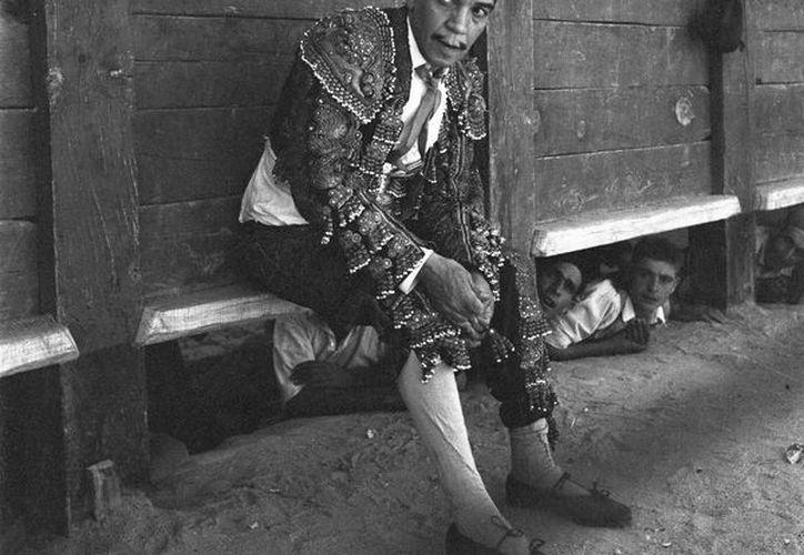 """'Cantinflas' en el rodaje de """"La vuelta al mundo en 80 días"""", del director Michael Andersen, en la localidad madrileña de Chinchón. (EFE/Archivo)"""