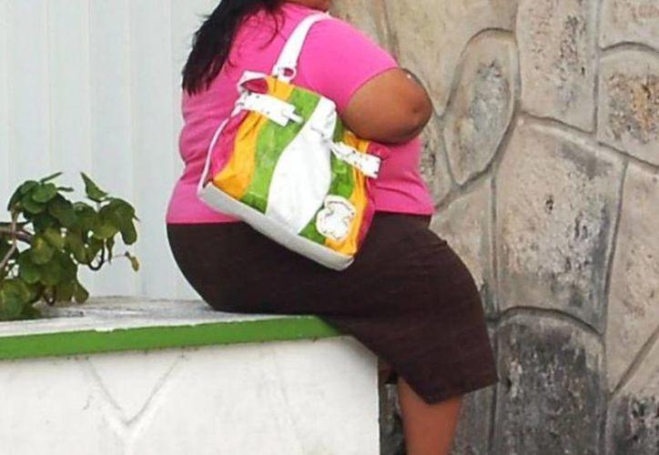 Autoridades estatales evaluaron el Programa Nutricional Integral para prevenir y controlar el sobrepeso, la obesidad y la diabetes. (Archivo/SIPSE)
