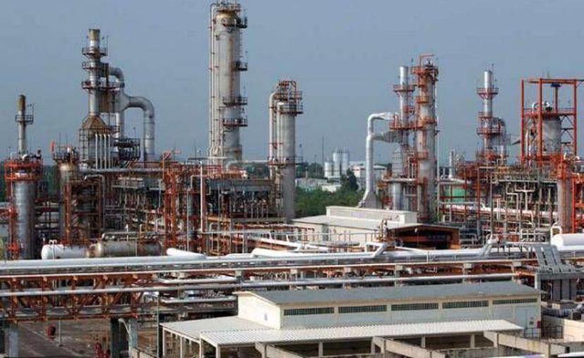 El fraude a Banobras ascendería a los 91 millones 413 mil 914 dólares como parte de un financiamiento para supuesta perforación de pozos petroleros terrestres. (Foto Contexto/ SIPSE)