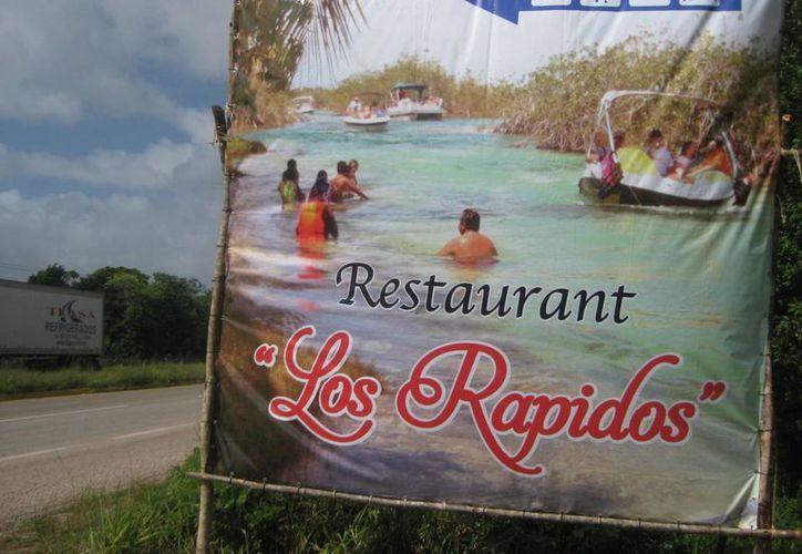 Prestadores de servicios turísticos promocionan zona restringida a la navegación. (Javier Ortiz/SIPSE)