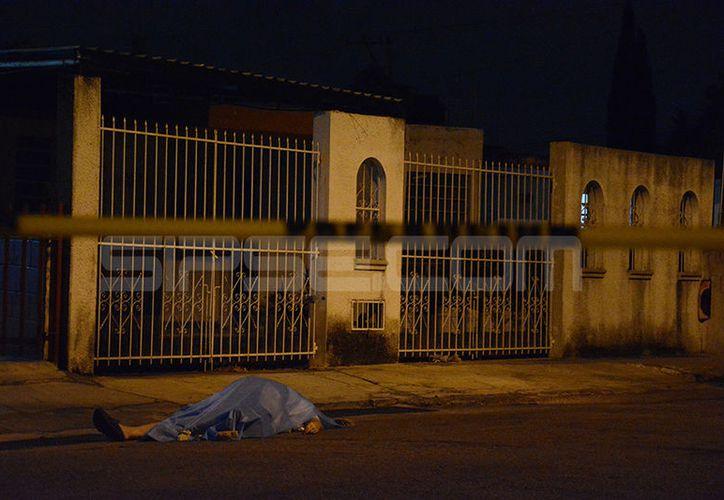Vecino de Jardines de Miraflores fallece de un infarto fulminante. (Victoria González/SIPSE)