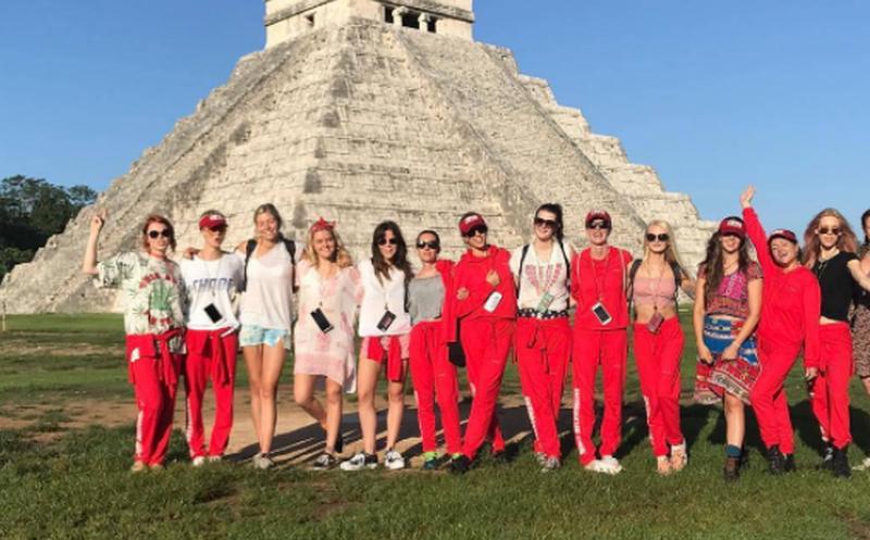 El cumpleaños todo pagado de Cara Delevingne por Yucatán
