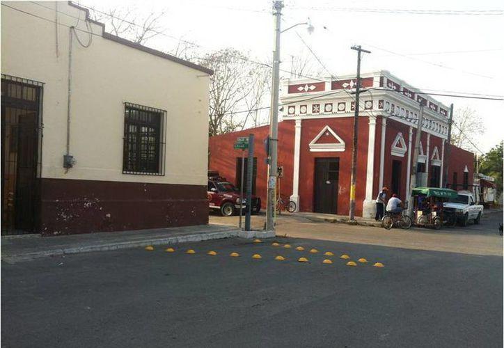 Por esta calle pasó el cortejo fúnebre tras la extraña muerte de Rosita en Chicxulub Pueblo. (Jorge Moreno/SIPSE)
