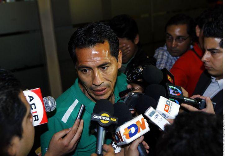 El presidente de Santos aseguró que las puertas del club quedan abiertas para Galindo. (Foto: Agencia Reforma)