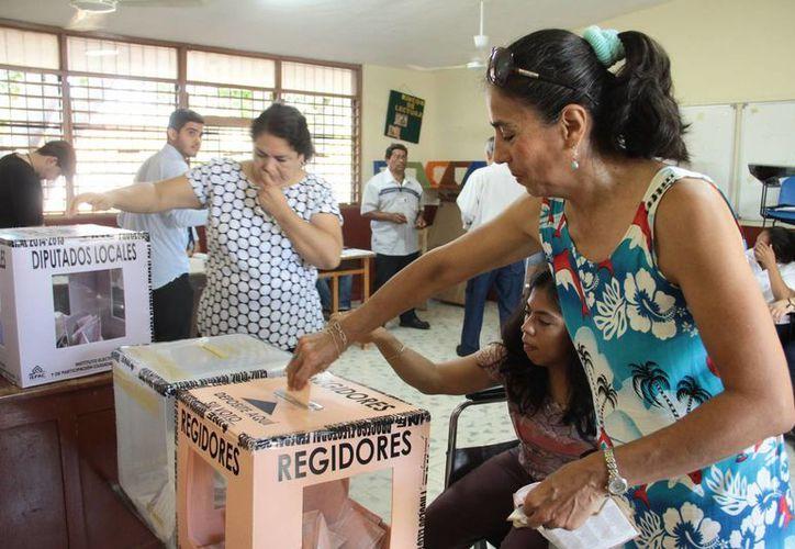 Los yucatecos son de los más participativos en las elecciones de México. El domingo 7 de junio refrendaron esa cualidad, con una participación del 68 % en los comicios federales. (Jorge Acosta/SIPSE)