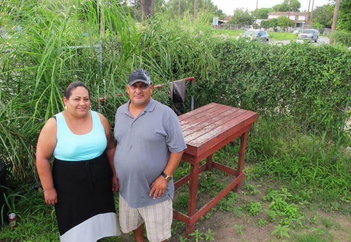 Sigifredo Saldana Irachetay su esposa Laura Saldana. (Agencias)