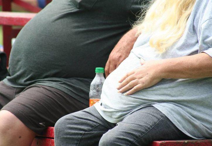 Contrario a la anorexia, la megarexia afecta más a hombres que a mujeres. (Contexto/Internet)
