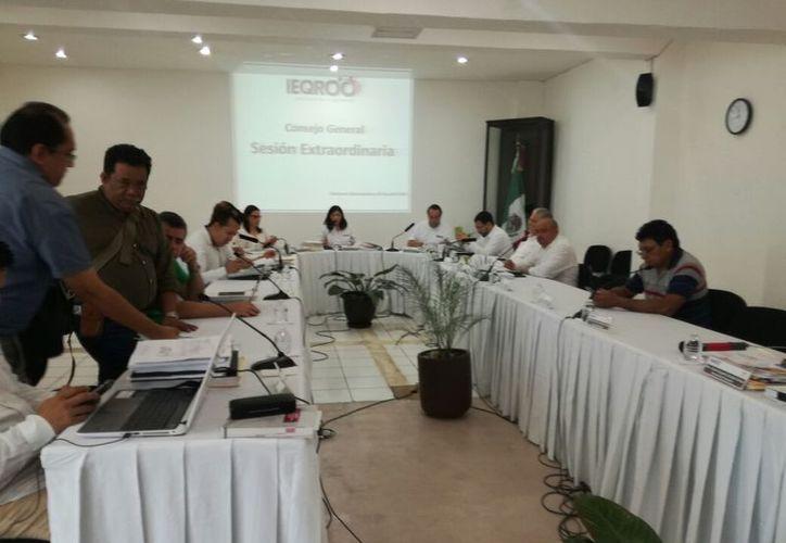 El Ieqroo aprobó cinco candidaturas independientes para cinco municipios de Quintana Roo. (Benjamín Pat/SIPSE)