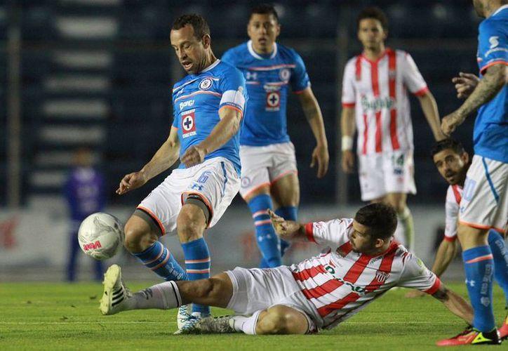 Necaxa venció este miércoles al Cruz Azul 3-2 en el Estadio Azul para acceder a las finales de la Copa MX. (Notimex)
