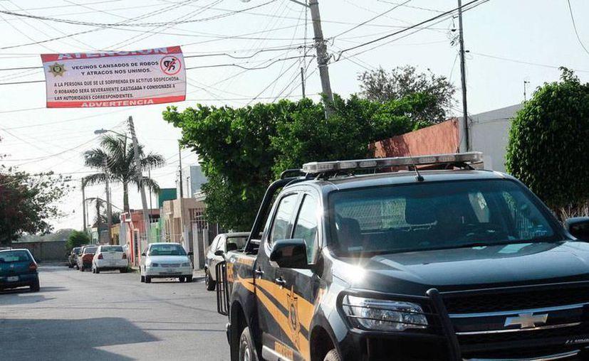 """El Gobierno del Estado """"transformó"""" la policía vecinal en Unidad de Vecinos Vigilando. (Archivo/SIPSE)"""