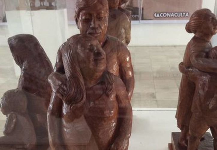 Juan Hernández supo plasmar la esencia del pueblo maya en sus obras talladas en madera. (Notimex)