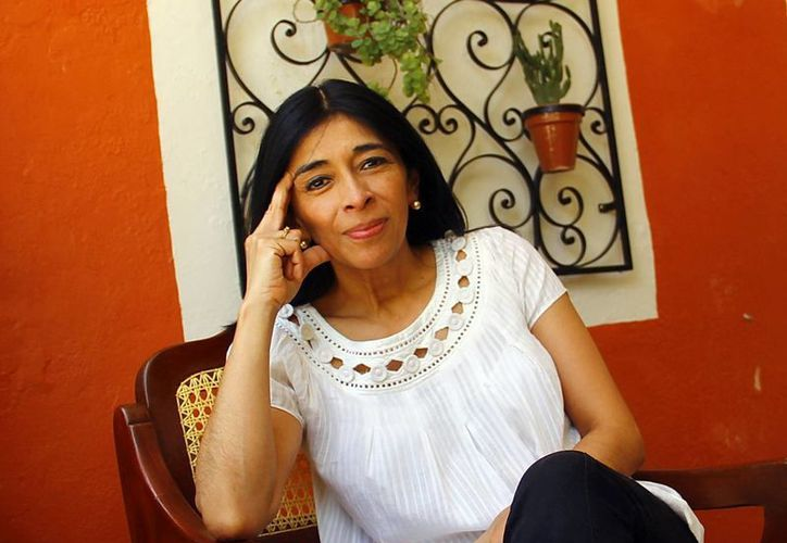 Ángeles Martínez se encuentra en la capital yucateca para ofrecer un curso a estudiantes de comunicación, arquitectura  y cine. (Juan Albornoz/SIPSE)
