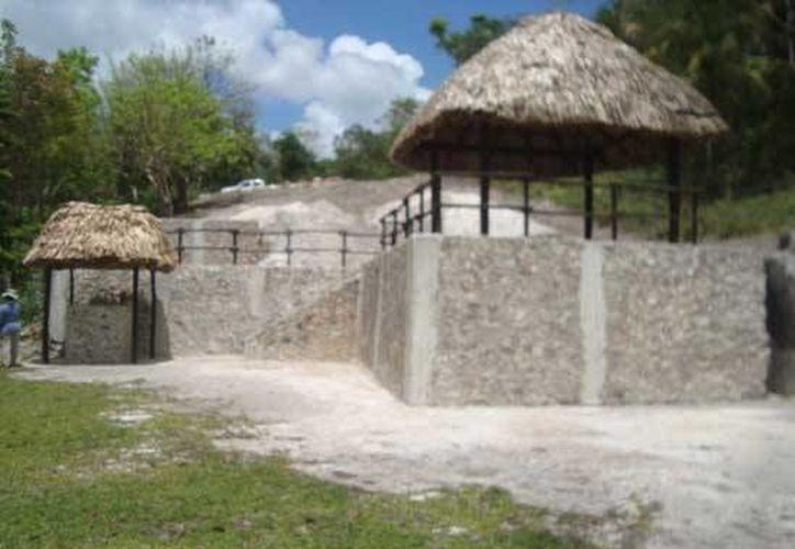 La construcción no contaban con la documentación necesaria para el levantamiento de las palapas en el área. (Redacción/SIPSE)