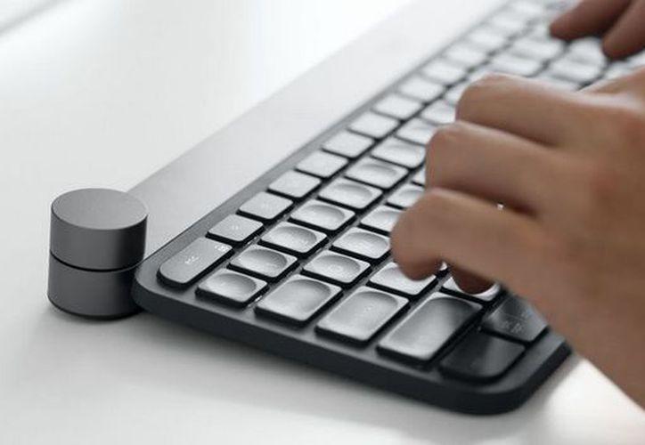 Logitech Craft Bluetooth Keyboard es capaz de conectarse al mismo tiempo con tres disposivos. (Computer Hoy)