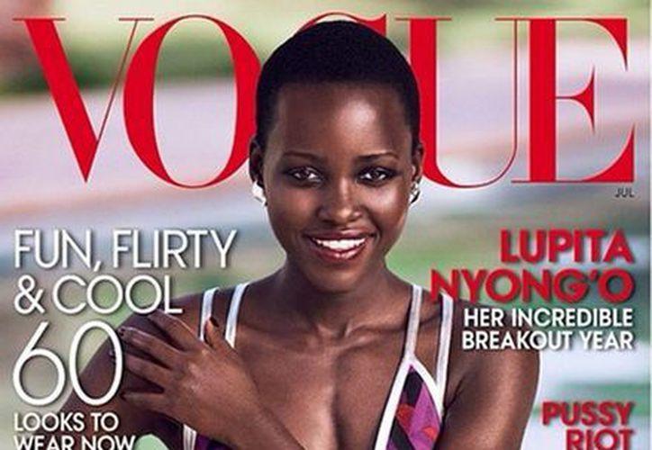 La revista a la saldrá a la venta el próximo martes en Nueva York y Los Angeles. (instagram.com/voguemagazine)