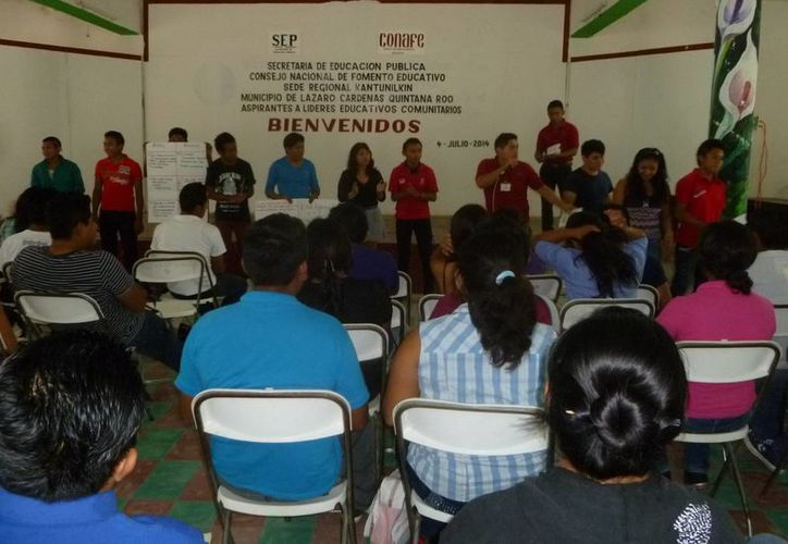 En el taller participaron 50 aspirantes a instructores. (Raúl Balam/SIPSE)