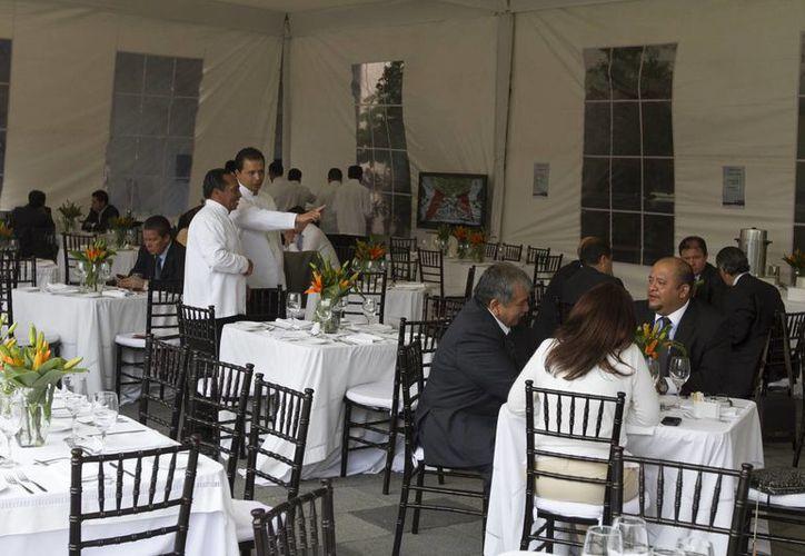 La industria restaurantera en México lleva cinco años con caídas en su actividad, declaró Manuel Gutiérrez, presidente de la Canirac. (Notimex/Foto de contexto)