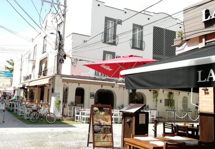 Los establecimientos son afectados por incrementos injustificados a la tarifa de luz. (Octavio Martínez/SIPSE)