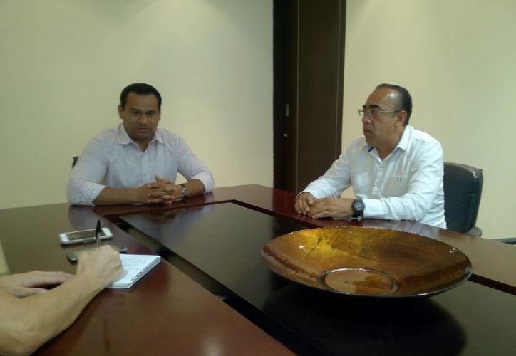 El titular de la Procuraduría General de Justicia del Estado, Gaspar Armando García Torre en su visita a Novedades. (Redacción/SIPSE)