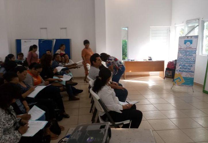 Las autoridades municipales organizan talleres sobre prevención y acoso tanto sexual como laboral. (Redacción/SIPSE)