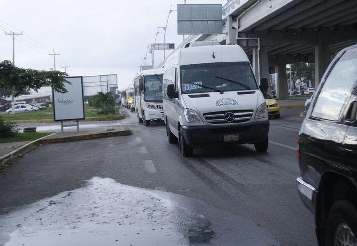 La empresa de transporte no tiene una autorización por parte del Ayuntamiento. (Loana Segovia/SIPSE)