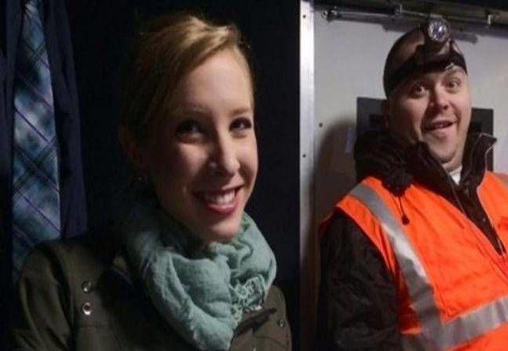 La reportera Alison Parker y el camarógrafo Adam Ward fueron asesinados durante un enlace en vivo con un noticiero local, en Virginia. Varios colegas describieron a la pareja de trabajo como 'entusiastas' periodistas. (Associated Press)